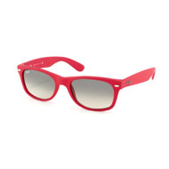Ray-Ban New Wayfarer in Rot
